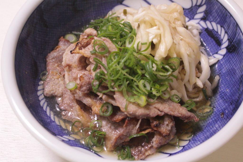 千切り白菜とカリカリ豚肉の南蛮漬けのサムネイル