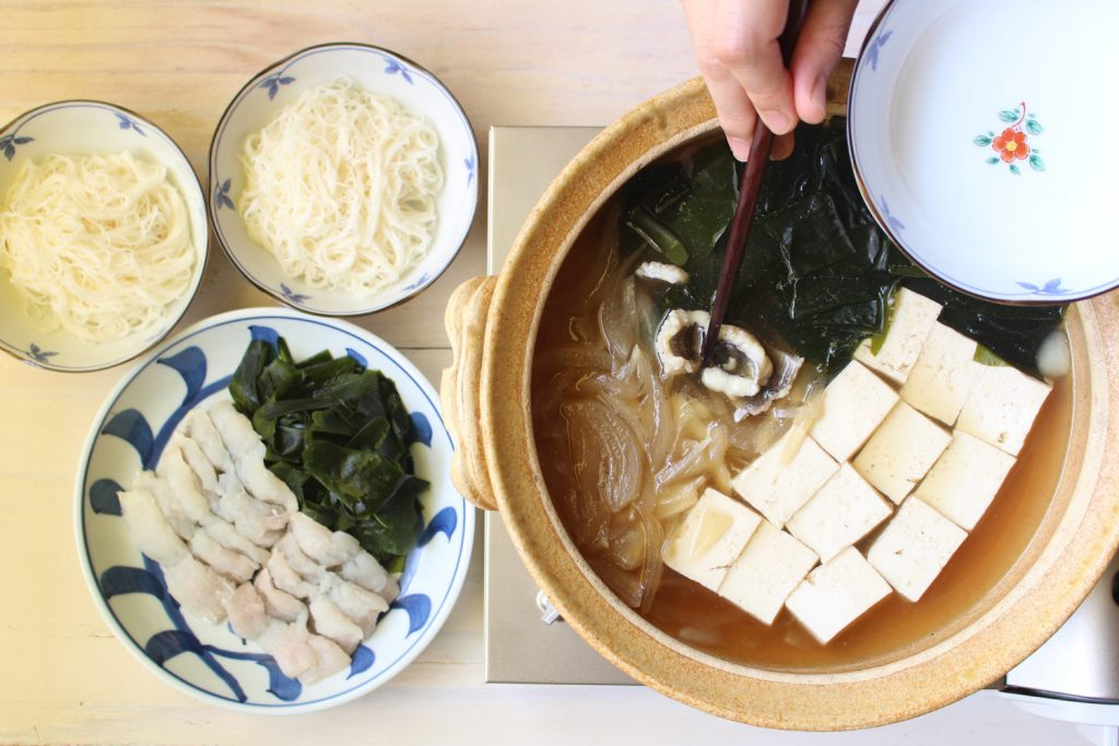 保護中: 大阪人が大好きな「ハモ鍋」のサムネイル