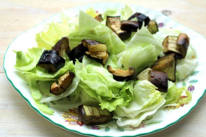 ナスとシラスのボリュームサラダ1、osakafoodstyle、なにわ料理、大阪産、女子会、大阪、天王寺、健康、野菜、和食、料理教室、健彩青果、大畑ちつる、レシピ、大阪なす、茄子
