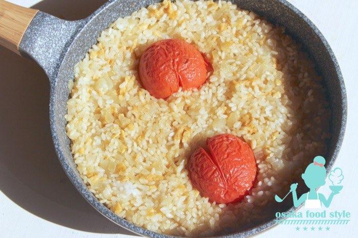 冬トマトの鍋炊き出汁ごはんのサムネイル